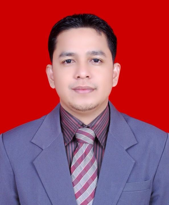 Dr. KASMANTO RINALDI, SH., M.Si (Wakil Dekan III)