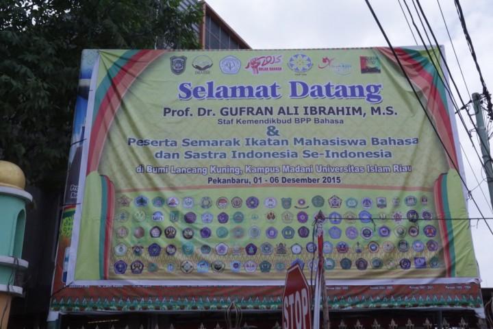 Semarak Ikatan Mahasiswa Bahasa Indonesia Se-Indonesia (IMABSII)